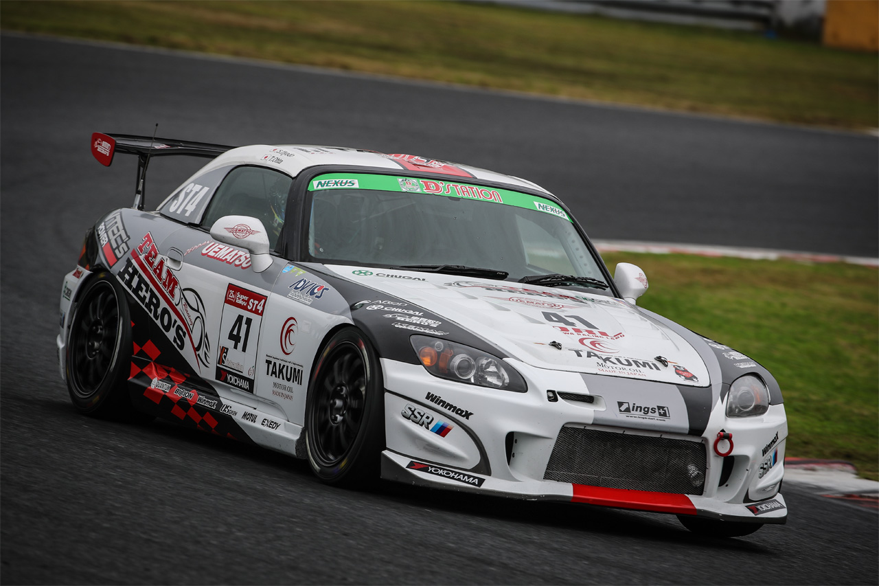 レースカー レンタル走行 トレーシースポーツ
